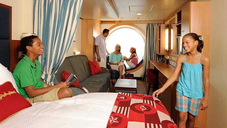 Pleasant Disney Dream And Disney Fantasy Disney Ships Disney Creativecarmelina Interior Chair Design Creativecarmelinacom
