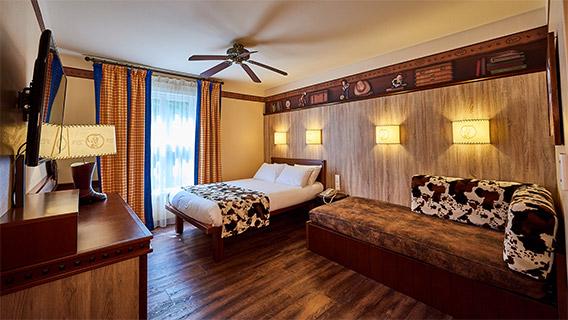 Disney Hotel Paris Rooms