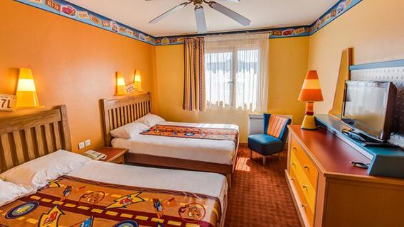 Disney S Hotel Santa Fe Disney Hotels Disneyland 174 Paris