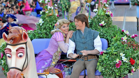 Rapunzel and Flynn on Parade with the Disney Stars.