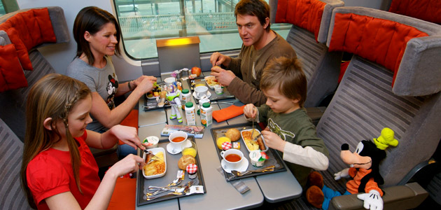 Upgrade your Eurostar<sup>&trade;</sup> ticket and enjoy a light meal and drink served at your seat