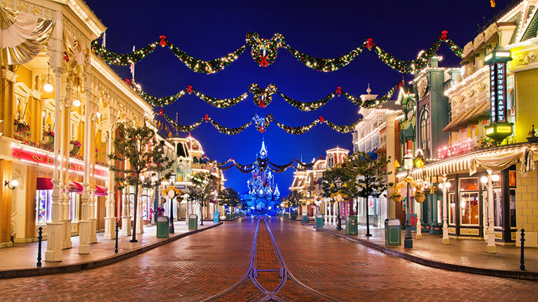 Disneyland Christmas.Disney S Enchanted Christmas Disneyland Paris