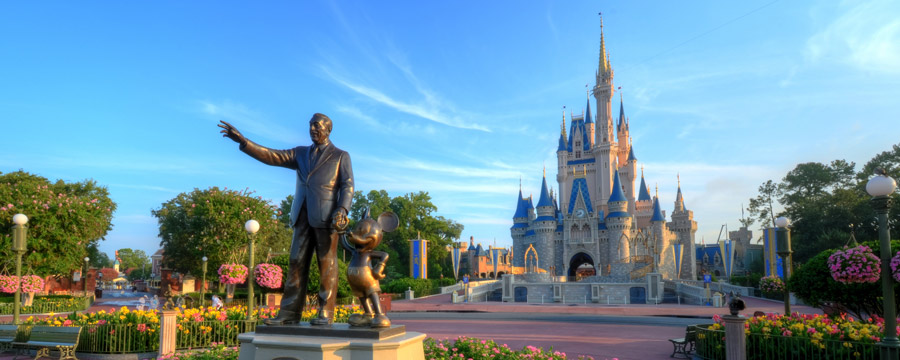 Partners statue in front of Cinderella Castle at Magic Kingdom Park.