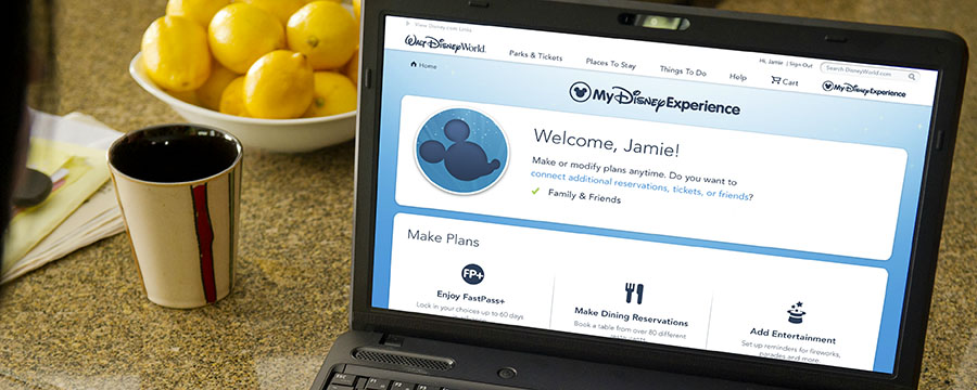 Guest using My Disney Experience on their laptop