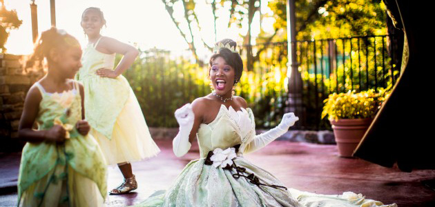 Princess Tiana greets Guests at Liberty Square - don't forget your autograph book!