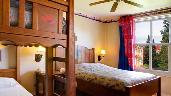 Disney S Hotel Cheyenne Disney Hotels Disneyland 174 Paris