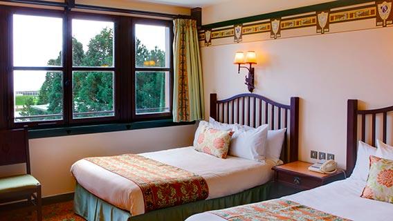 Disney 39 s sequoia lodge disney hotels disneyland paris for Standard hotel paris