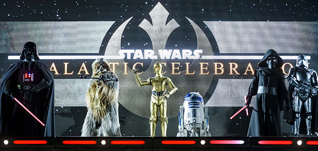Legends of the Force: A Galaxy Far Far Away - see Star Wars characters in this action packed show!.
