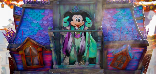 Enjoy spooky fun with Mickey in his Halloween costume.