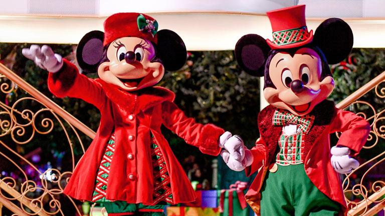 Best Christmas Dinner In Paris 2020 Disney's Enchanted Christmas | Disneyland® Paris