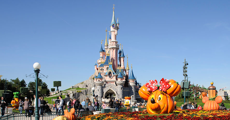 When to Visit | Disneyland® Paris