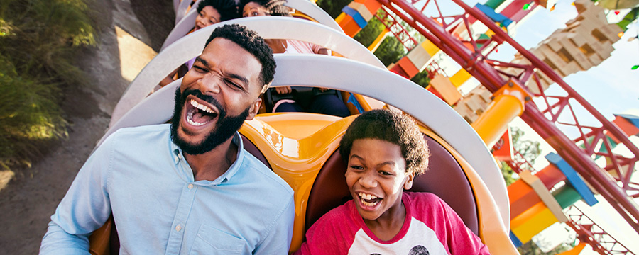 2019 Ticket Offer - Book now to enjoy Disney's 14-Day Ultimate Ticket at a 7-day price!