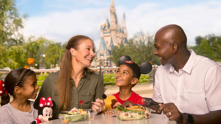 """Disney confirma retorno do """"Disney Dining Plan"""""""