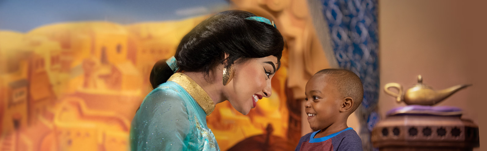 Jasmine meeting young guest at Epcot